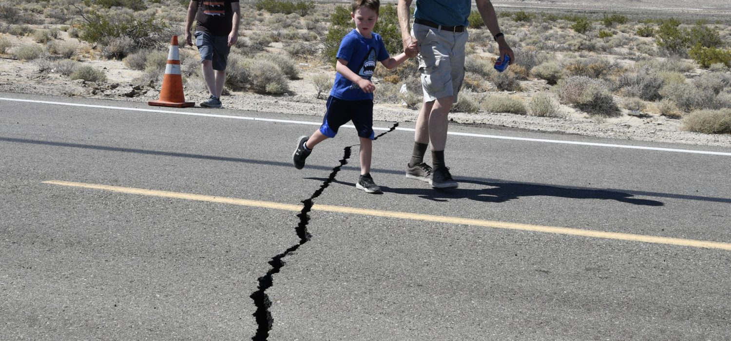 One of many cracks scene on the road of 178 east of Ridgecrest  after magnitude 6.4 earthquake struck Thursday morning in the Mojave Desert's Searles Valley on the Fourth of July and resulting in multiple injuries and structure fires in the city of Ridgecrest CA, JULY 4,2019    People throughout Southern California reported feeling the powerful 10:33 a.m. quake, whose epicenter was located about 62 miles north-northwest of Barstow, according to the U.S. Geological Survey.    The San Bernardino County Fire Department said multiple buildings in its jurisdiction sustained minor cracks, multiple water mains ruptured, and several power lines were down. No fires erupted in that county.  Photo by Gene Blevins/Contributing Photographer.